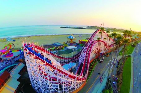 The Ultimate Guide; Santa Cruz Beach Boardwalk